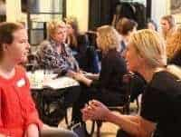 Vrouwenworkshop-Liesbeth-Tettero-dames-in-gesprek-2_medium